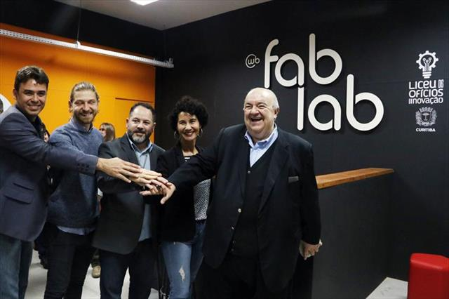 Regional Cajuru Inaugura o 1º Fab Lab na Rua da Cidadania