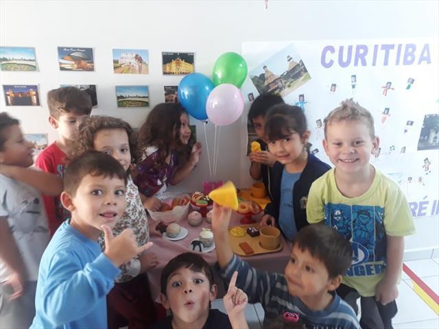 Dia de aniversário de Curitiba
