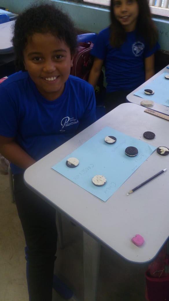Aprendendo as fases da lua com a barriga