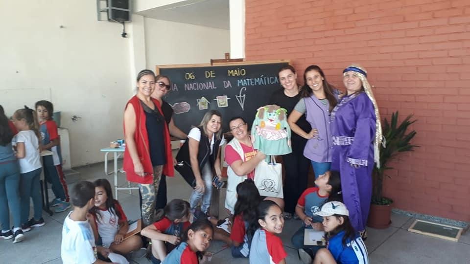 Comemoração ao Dia Nacional da Matemática na Escola Municipal Julia Amaral Di Le