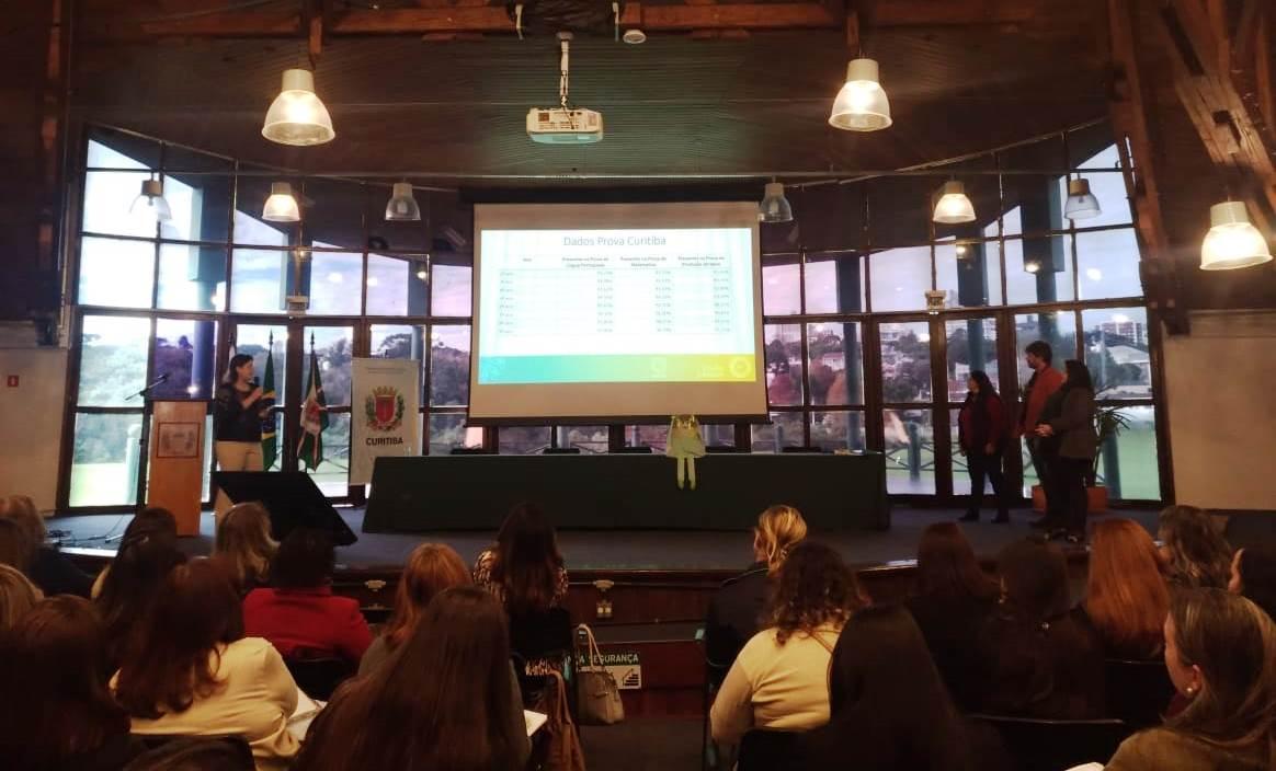 NRE Boa Vista no II Seminário Prova Curitiba