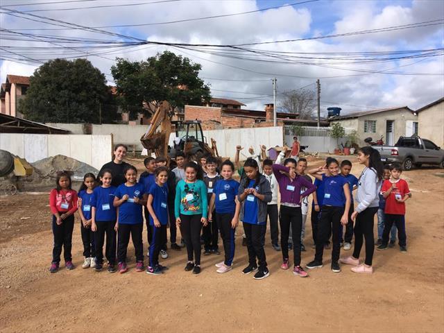 Atividade leva alunos no entorno da escola