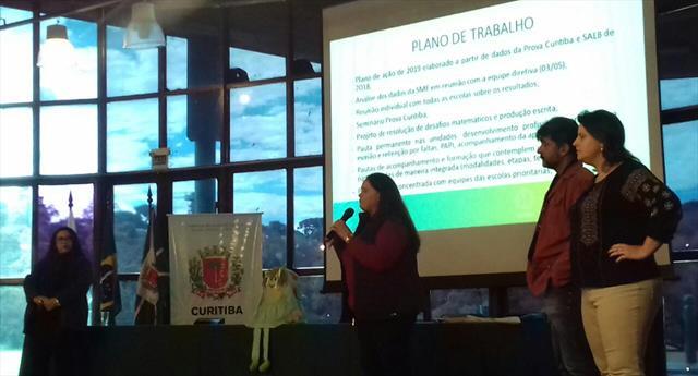 Equipe multidisciplinar do NRE Boa Vista apresenta plano de trabalho a partir dos resultados da Prova Curitiba