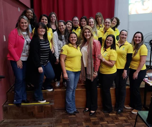 Escola de Pais reúne famílias de estudantes do Núcleo Matriz