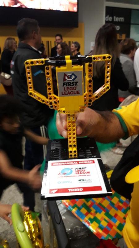 Conectados Robótica Lego no Líbano
