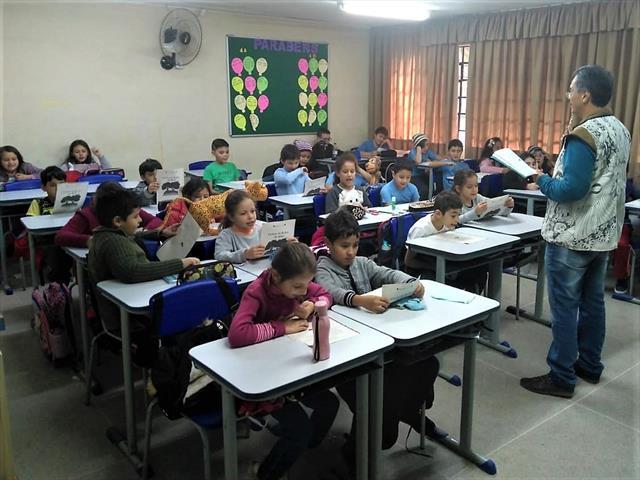 Projeto de incursões de leitura, na E. M. Pedro Viriato Parigot de Souza