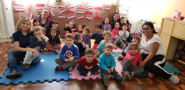 CMEI Profª Lygia Carneiro em parceria com o Programa Linhas do Conhecimento