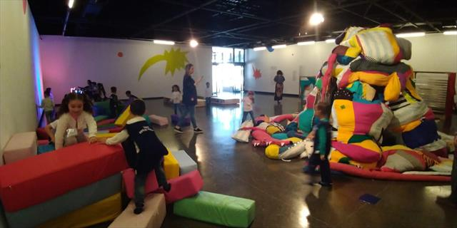 Quem disse que lugar de criança não é no museu?
