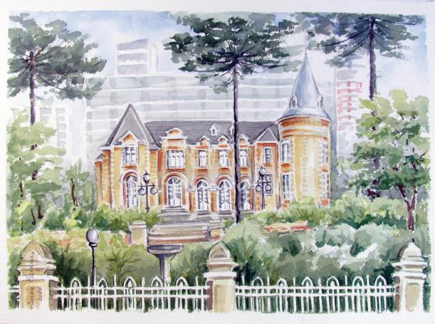 Edifícios de Curitiba com influência francesa são retratados em exposição