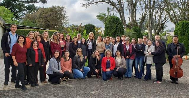 Equipe Diretiva das Unidades Matriz Participam de Café com a Secretária de Educação