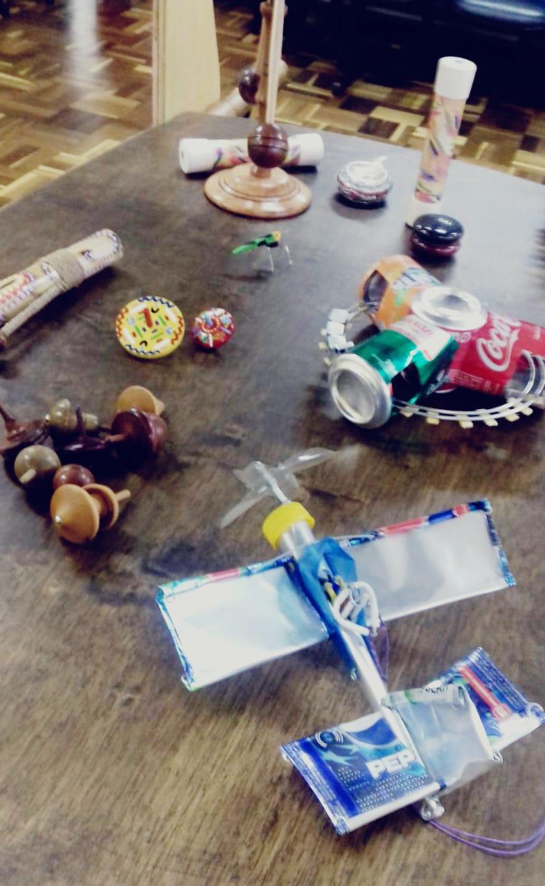 """""""Feira Lúdica - A arte viva dos brinquedos feitos à mão"""""""