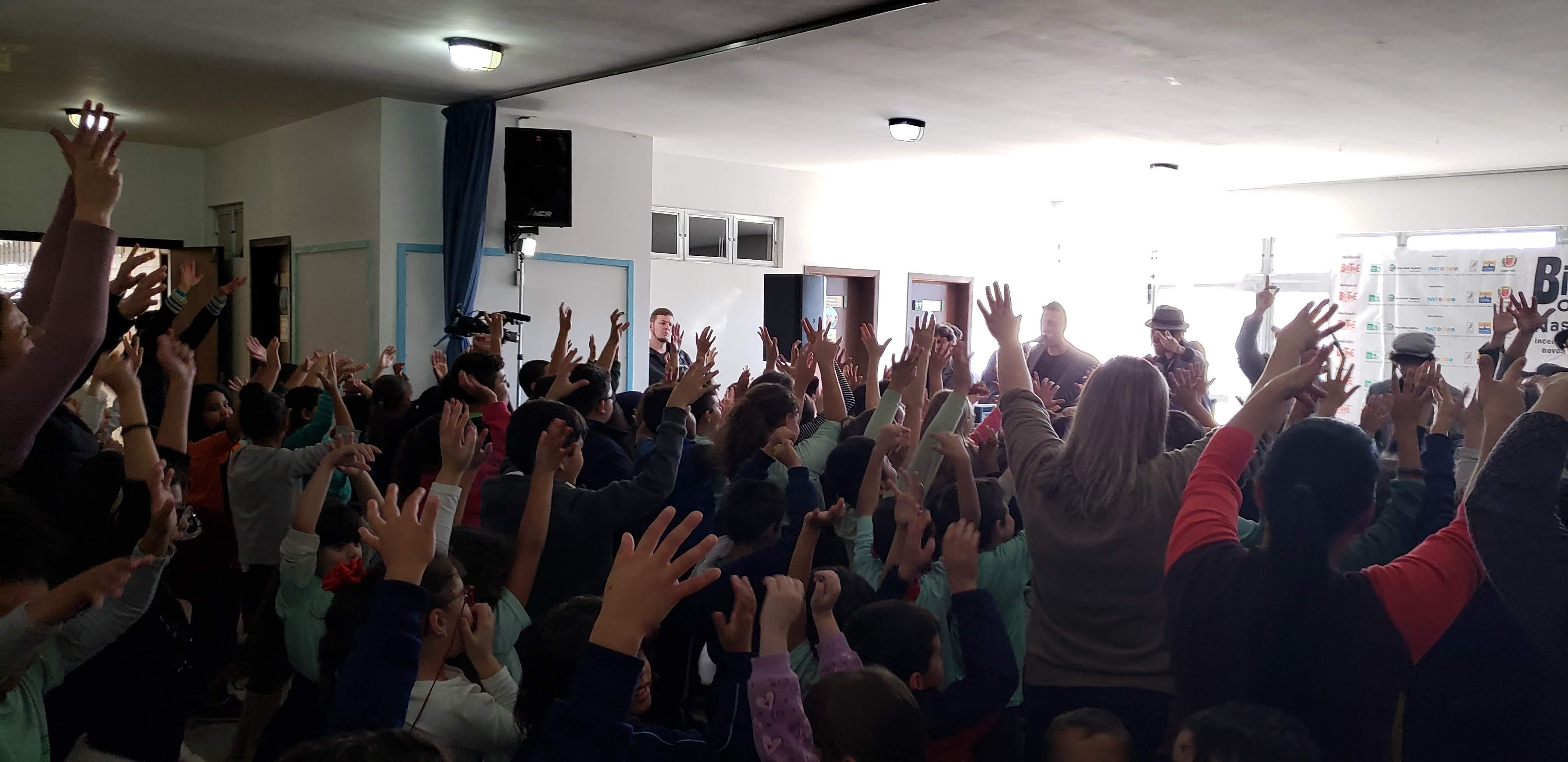 Big Time Orchestra nas Escolas - EM João Stival