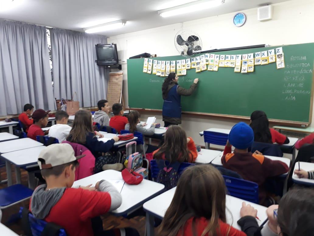 Línguas Estrangeira - NRE Boa Vista