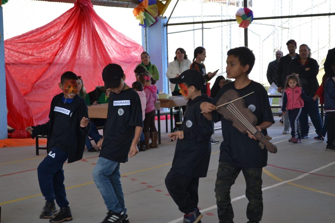 Comunidade Escola - EM Pilarzinho