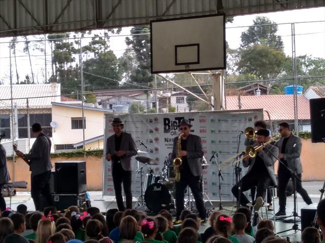Big Time Orchestra nas escolas.