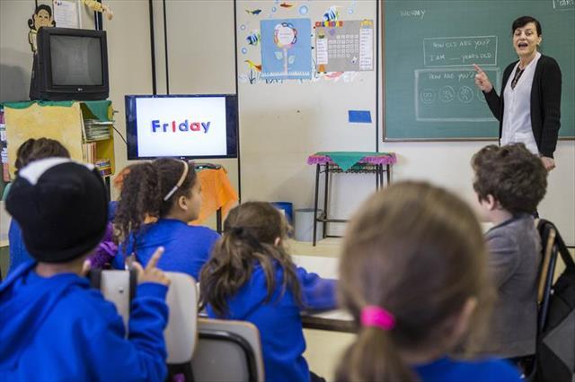 Regional Boa Vista já possui 800 estudantes inscritos no novo programa de Línguas Estrangeiras da Rede Municipal de Ensino