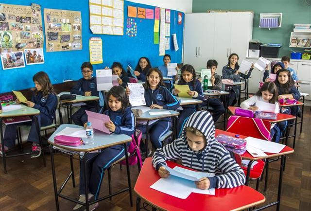 Os estudantes do 5º ano da Escola Municipal Nivald