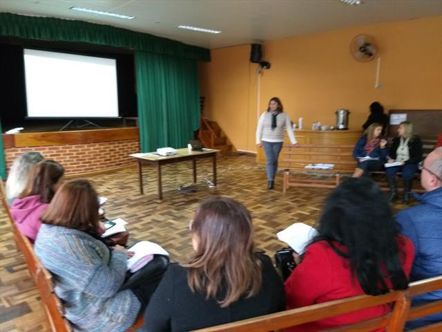 Reunião com diretores(as) de Escolas e CMEIs