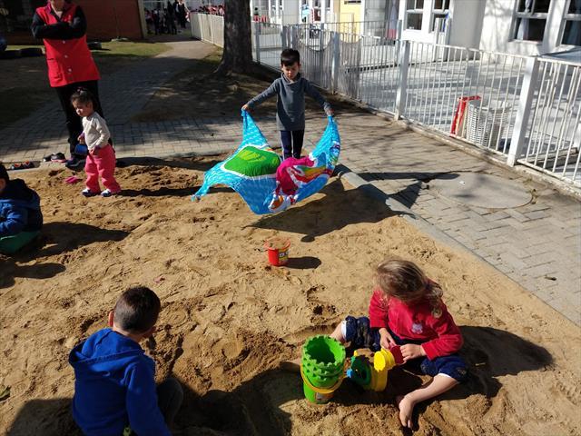 Uma praia no CMEI