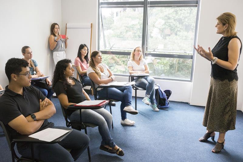Novos professores da educação infantil tomam posse