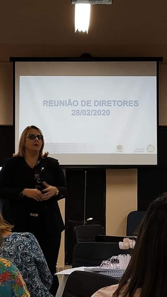 REUNIÃO DE DIRETORES DE ESCOLAS E CMEIS NO NRESF