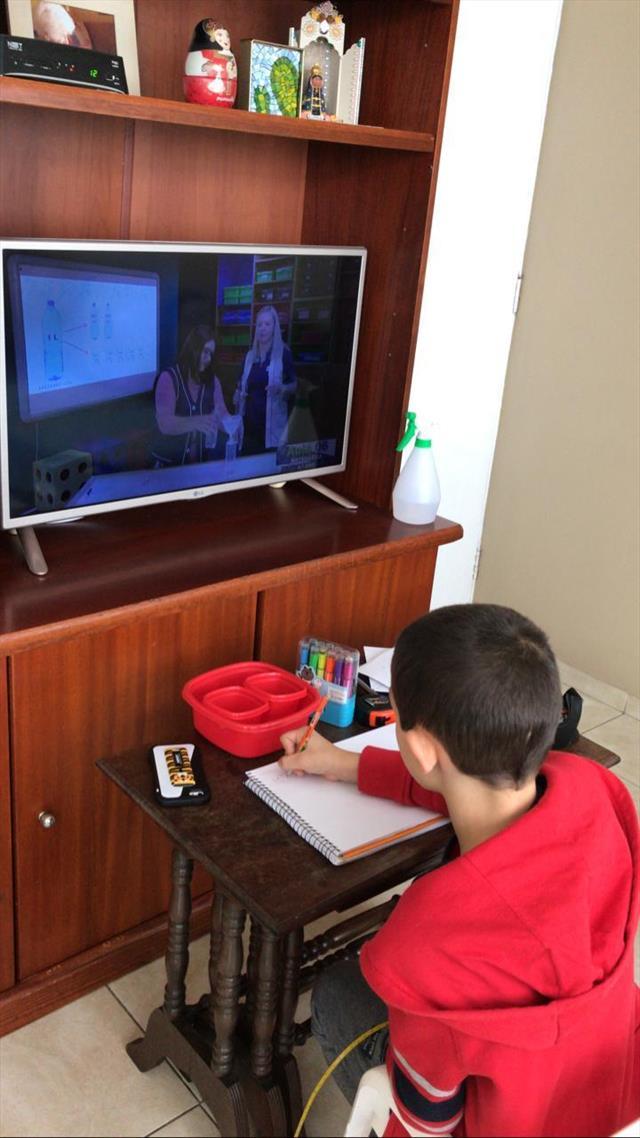 João Pires - Estudando em casa.