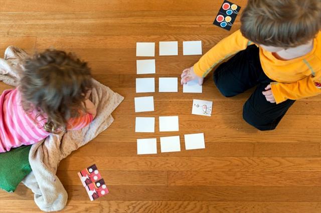 Jogo-da-memória-Criança.jpg