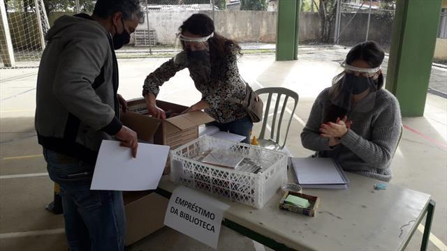 Momento de Reencontro: entrega de kits alimentação e atividades complementares