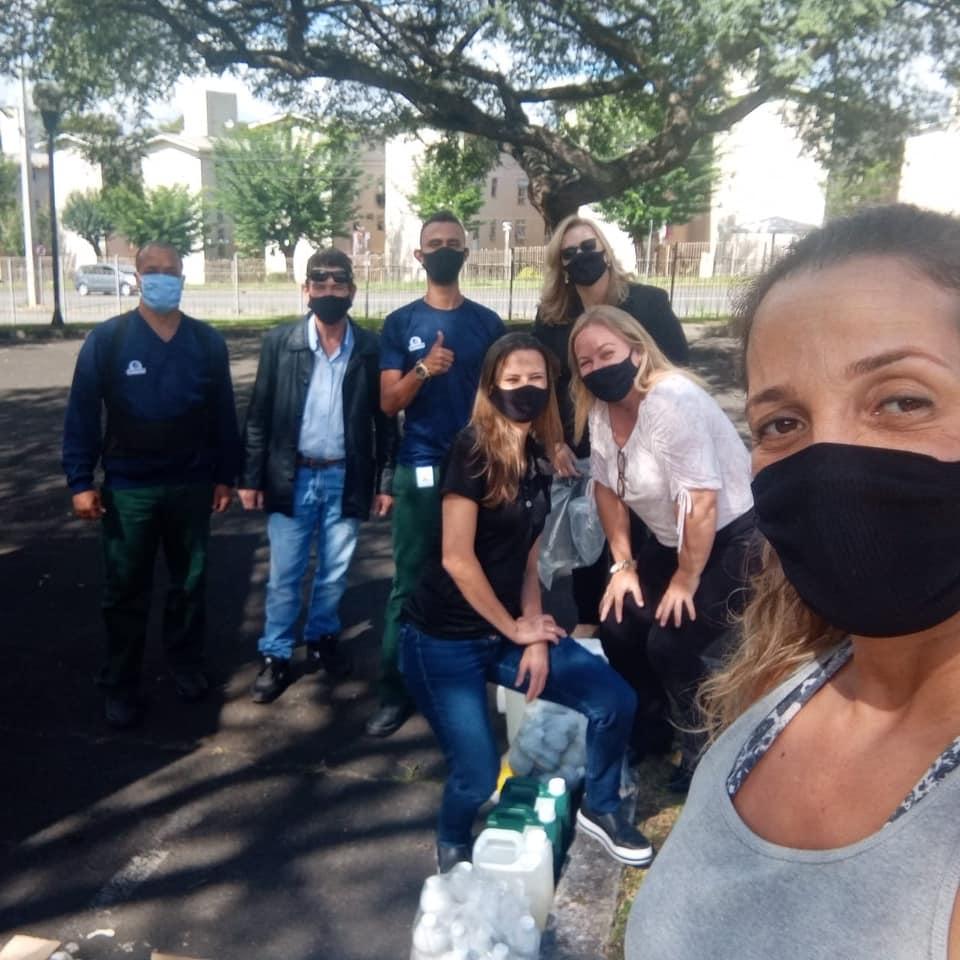 ENTREGA DE KITS DE HIGIENE E LIMPEZA AS EQUIPES DIRETIVAS
