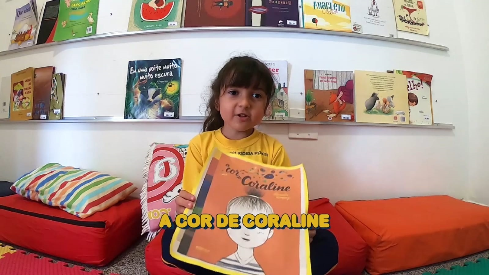 História: A cor de Coraline