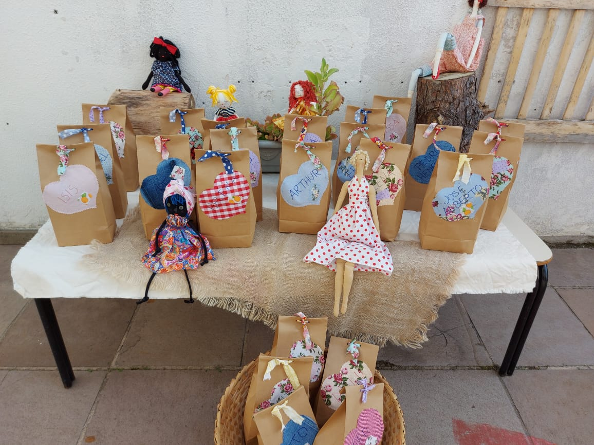 Kits organizados pelas professoras do Pré I