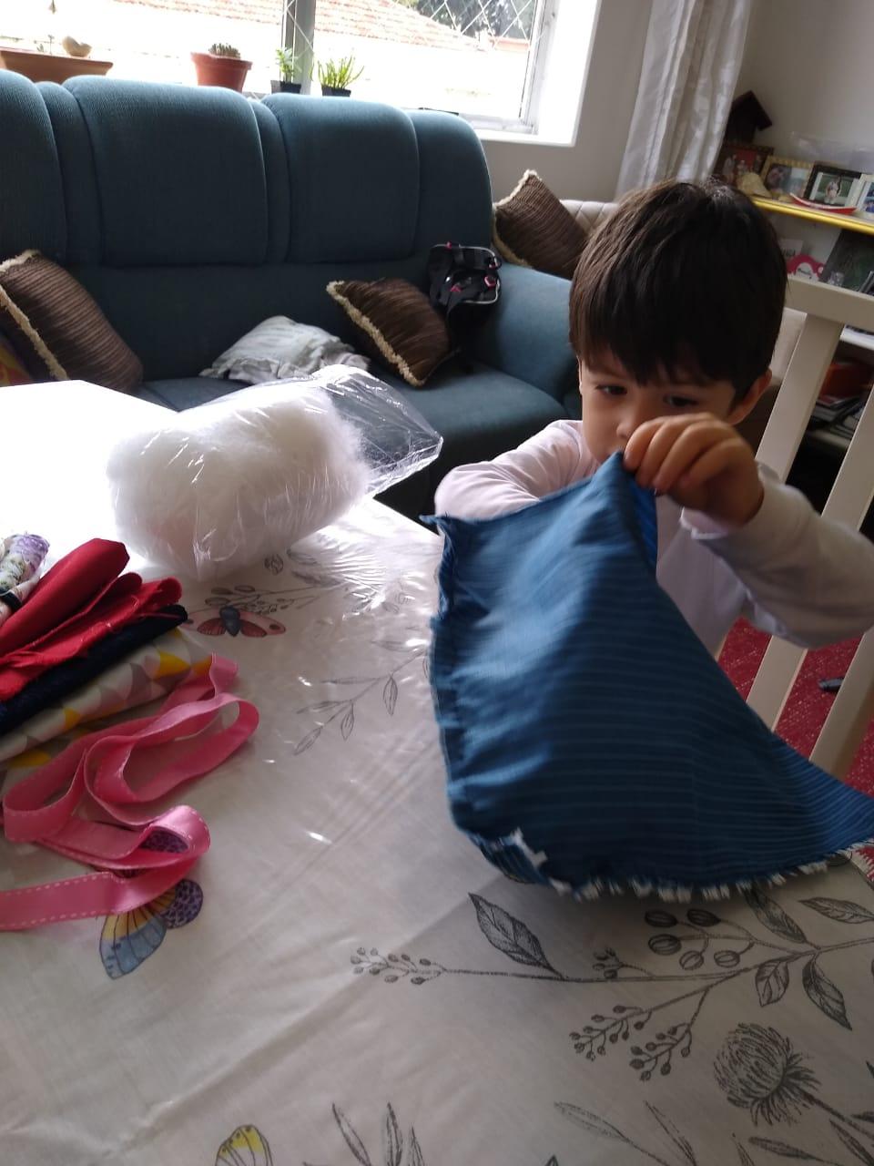 Montando a boneca em casa