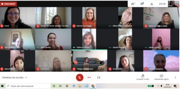Muita animação na reunião online