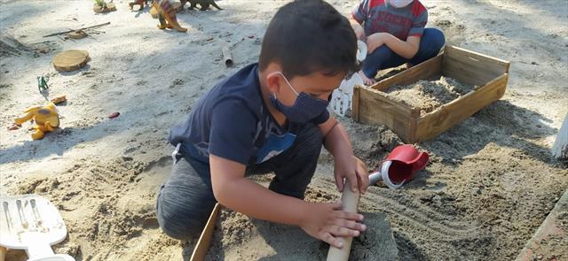Brincando na areia