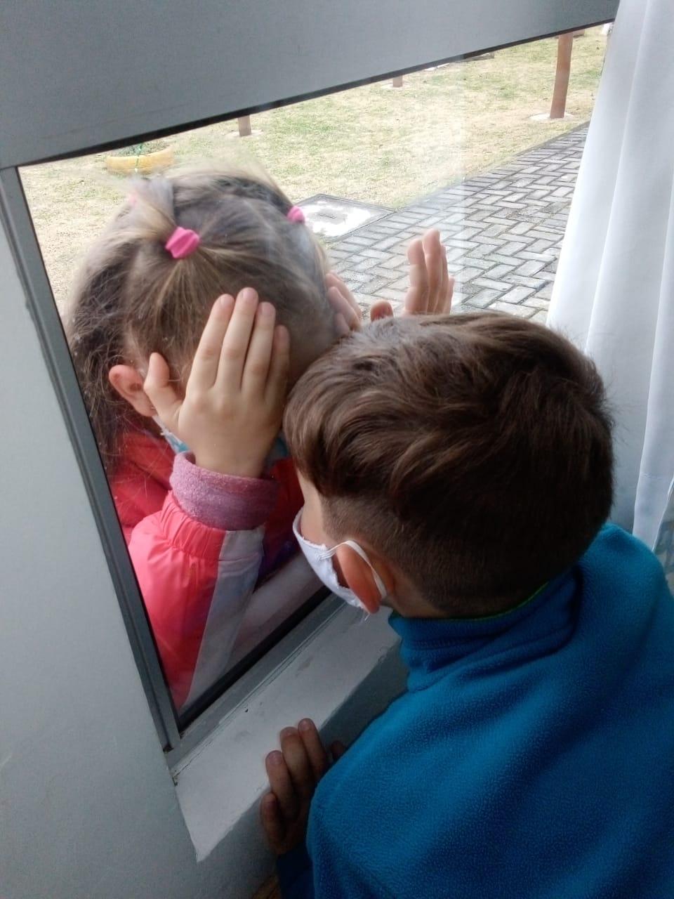 Do outro lado da janela