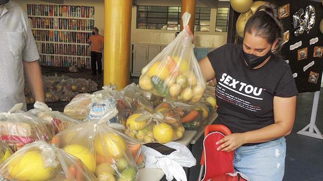 Fornecimento dos kits de alimentação escolar de se